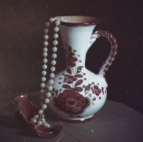 Zátiší s vázou