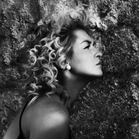 Dívko z kamene