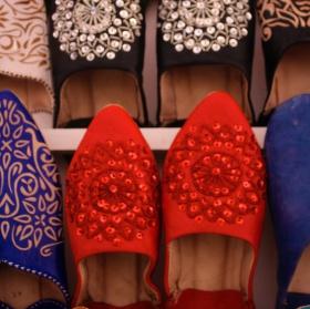 Marocké papuče plné barev