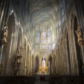 Světlo na oltáři