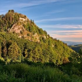 Zrúcanina hradu Vrštatec