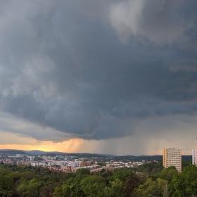 Brno před bouřkou