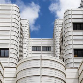 komerční budova