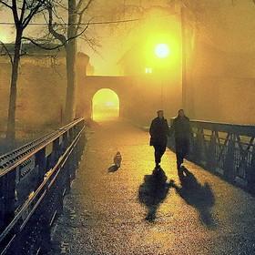 Město v mlze