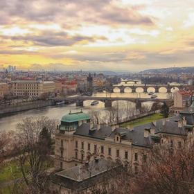 Ráno nad Prahou
