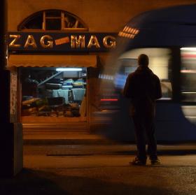 Čekání na tramvaj