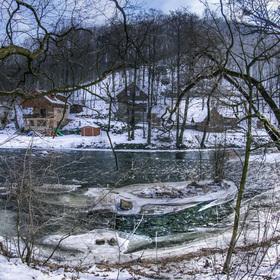 Zamrzlá řeka Moravice