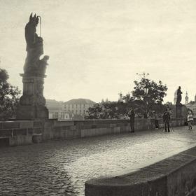 Karlův Most ráno