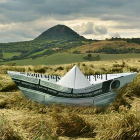 Papírová loďka