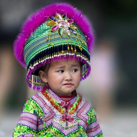 Děvčátko ze Sapy (etnická skupina Hmongové)
