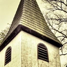 Hřbitovní zvonička