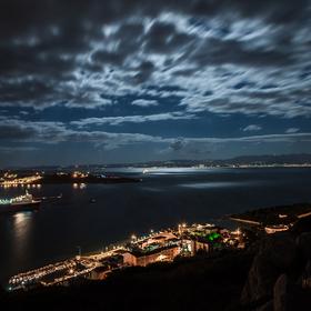 Noční přístav