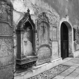 Kostel svaté Barbory s hřbitovní kaplí v Šumperku