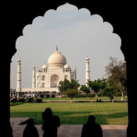 Ve stínu Taj Mahalu