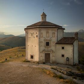Kostelík uprostřed Abruzza