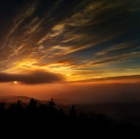 Západ slunce v Kořenově