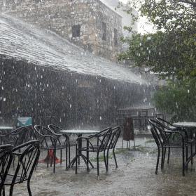 Déšť v Mostaru