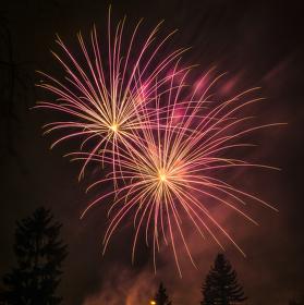 Novoroční ohňostroj v Ivanovicích na Hané
