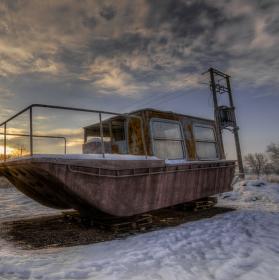 Loď na sněhu
