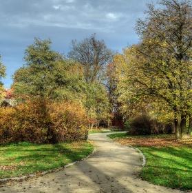 Zámecká zahrada v Telči