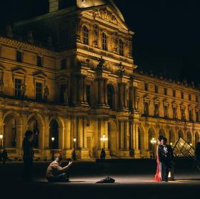 Svatebka Louvre