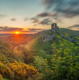 Corfe Castle, Dorset, Anglie