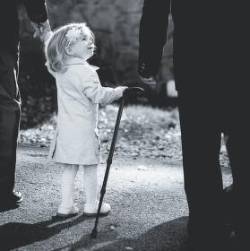 Já ti pomůžu, dědo.....
