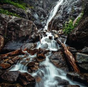 Osvěžení u vodopádu