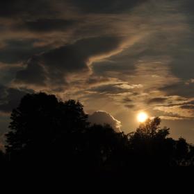Usínající slunce