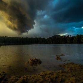 Srpnová bouře