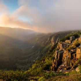 Východ slunce u Pančavského vodopádu