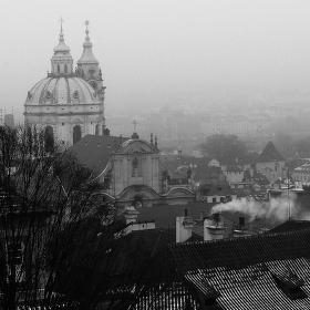 mlha nad městem