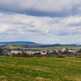 Pohled z Hartenštejnu na Bochov