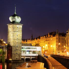 Šítkovská vodárenská věž, Spolek výtvarných umělců Mánes a blízké okolí