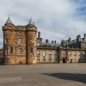 Palác Holyrood .....