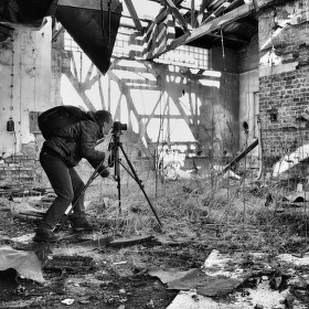 Ve staré továrně III.