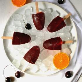 """Domací třešňové nanuky s červeným vínem - """"Sangria"""""""