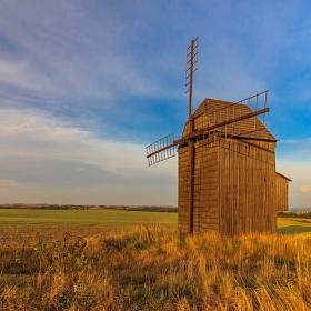 U krásného mlýna