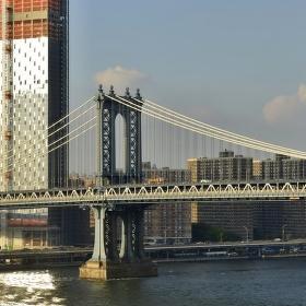 Pylon Manhattan Bridge