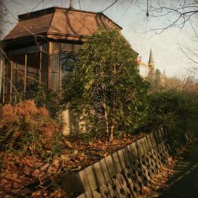 altánek v botanické zahradě Praha