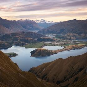 Svítání v oblasti Wanaka, Nový Zéland