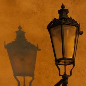 Jedno světlo zhaslo druhé vychází