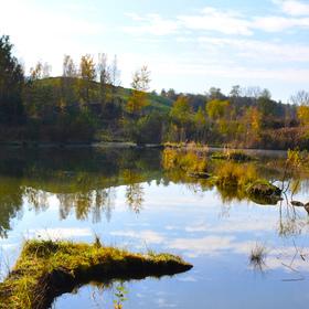 Laguna v podzimním hávu
