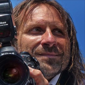Fotograf V. l.