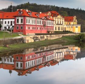 Zbraslavský zámek