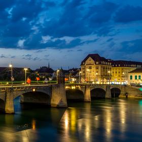 Večer v Basileji