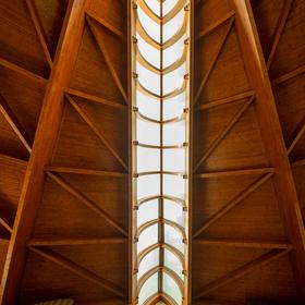 Loď - Kostel svatého Ducha - Hévíz
