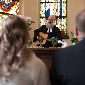 Zpívající kněz
