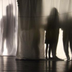 Promenáda stínů