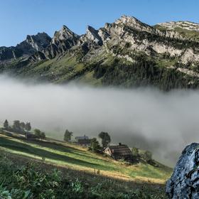 ráno ve francouzských Alpách